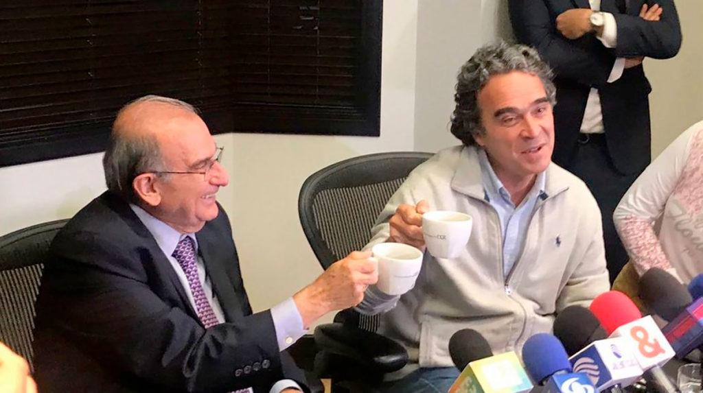 http://zonacero.com/?q=politica/de-la-calle-consultara-al-cne-en-el-proposito-de-una-alianza-con-fajardo-103164
